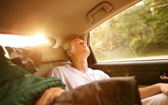 Como se distrair durante longas viagens