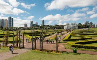 Dicas de destinos brasileiros para quem quer viajar e fugir do agito do Carnaval