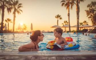 Dicas e cuidados com as crianças em piscinas