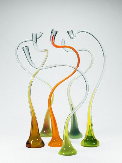 Harvey Littleton, Gold and Green Implied Movement, 1987 (collection of The Corning Museum of Glass, 2006.4.112)