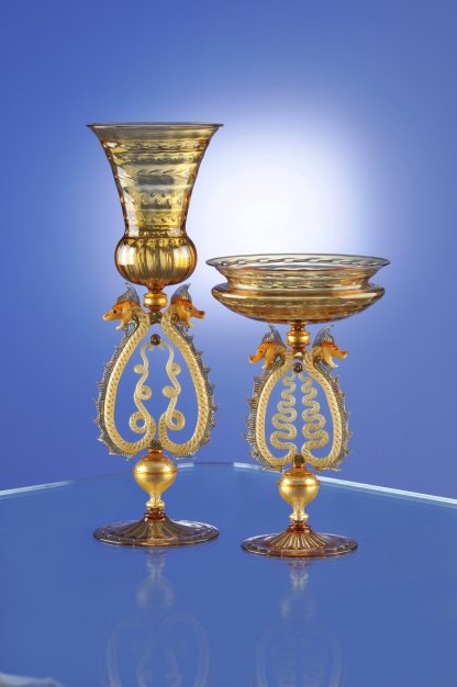 Cesare takes traditional Venetian stemware to a new level. In these goblets, he has trapped air bubbles to create patterns in the cup and foot.