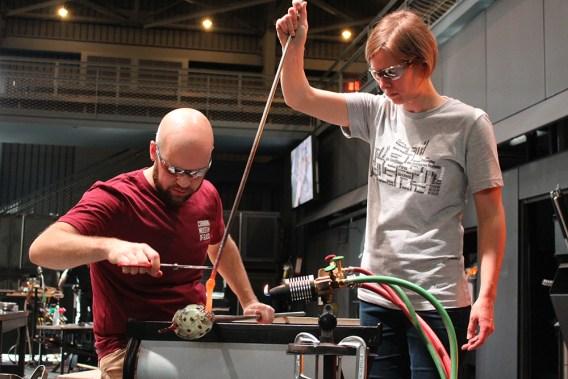 Iittala glassblowers Juha Saarikko and Helena Welling