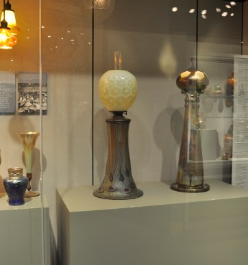 Lamp in its case in the Glass in America Gallery.