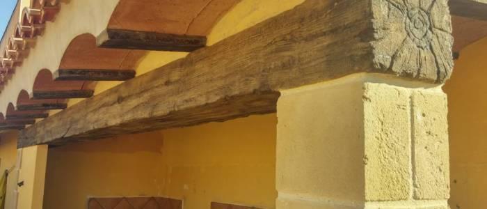 porche-terraza-piedra-decoracion