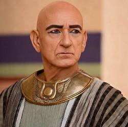 Ben Kingsley as Vizier Ay