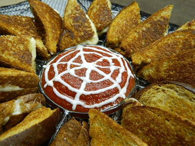 app9 25 Good, Gross, and Ghoulish Halloween Party Food Ideas