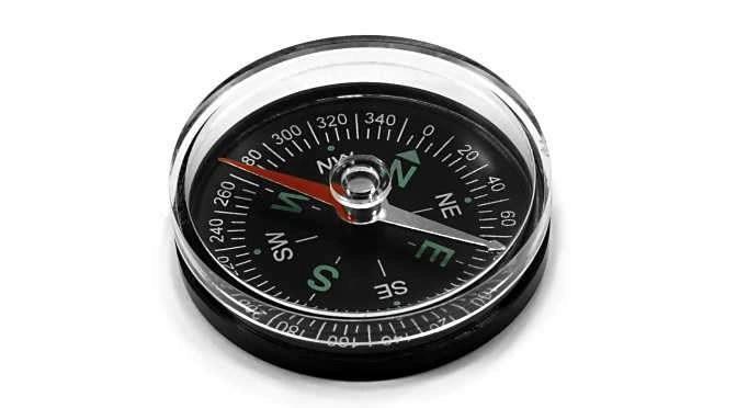 Navigeren kan ook met de iPad (of een kompas) (bron afbeelding: https://commons.wikimedia.org/wiki/File:Plastic-compass.jpg)