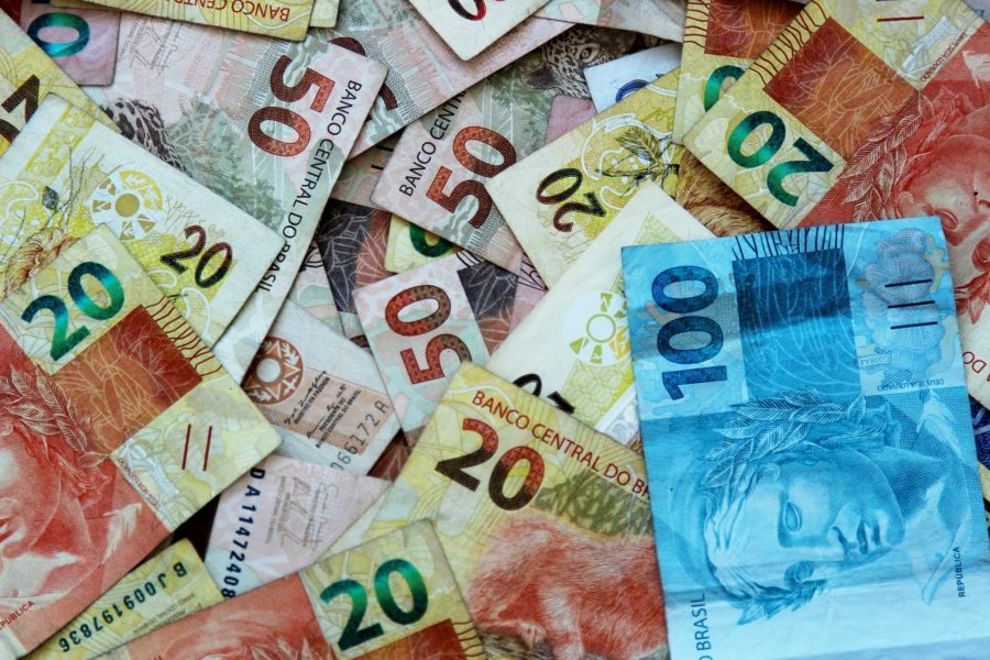 Tributação de bares e restaurantes: quais são os impostos pagos em cada regime?