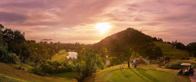 Sundowner at Lemuria Golf Course