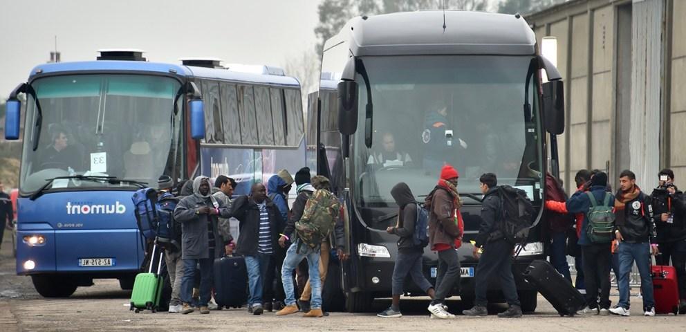 calais_evacuation_migrants2