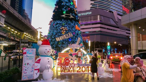 thailand-phone-photos-1-1-of-1-900x600