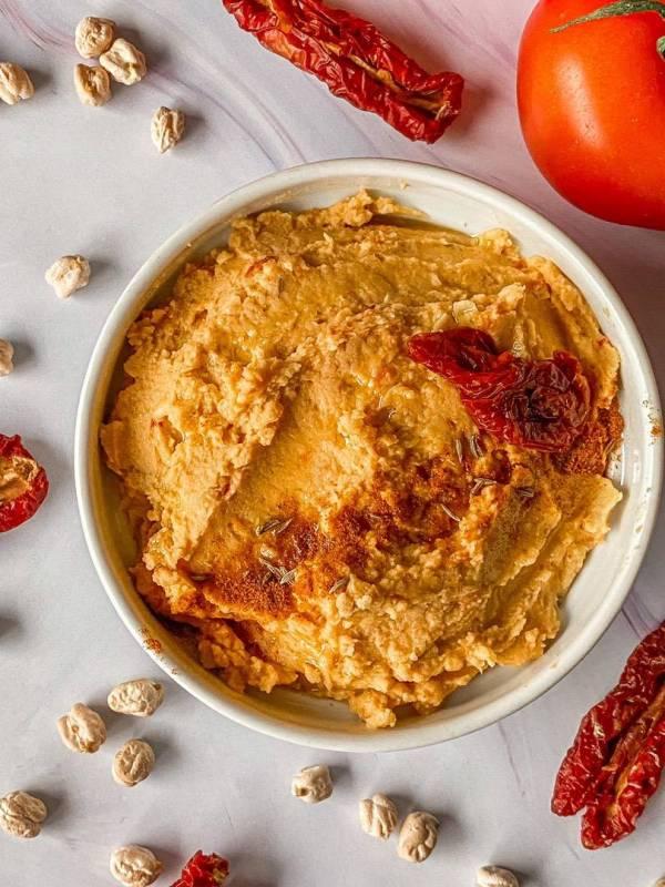Hummus de tomates secos de @nuritmica_fit