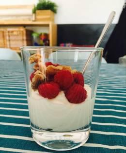 Receta de Yogurt con nueces de Marina