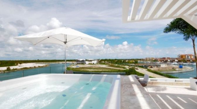 Villas in Cap Cana with own boat slip