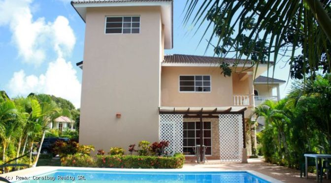 Two bedroom Villa with one studio and one full apartment with private entrance