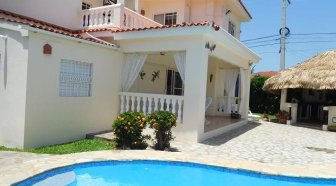 SPECIAL OFFER : Large property with beautiful ocean view …