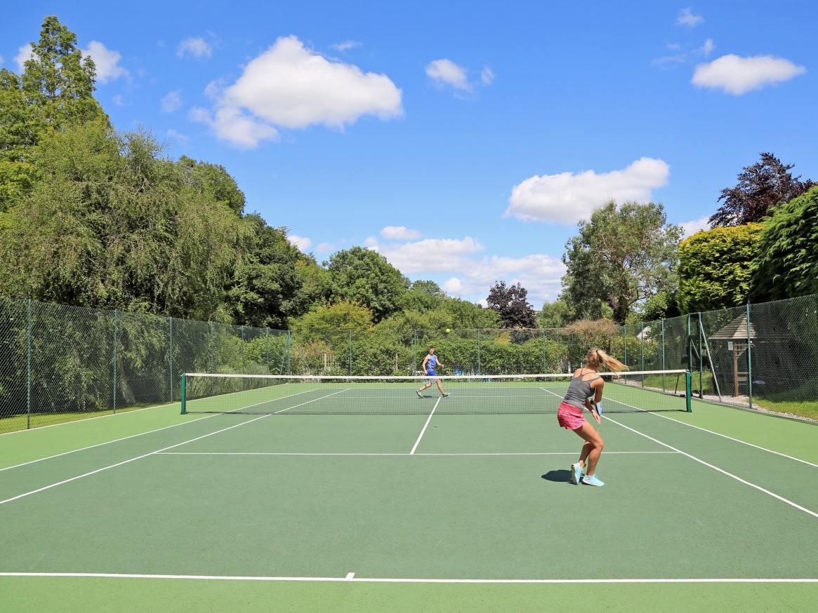 Tuckenhay tennis