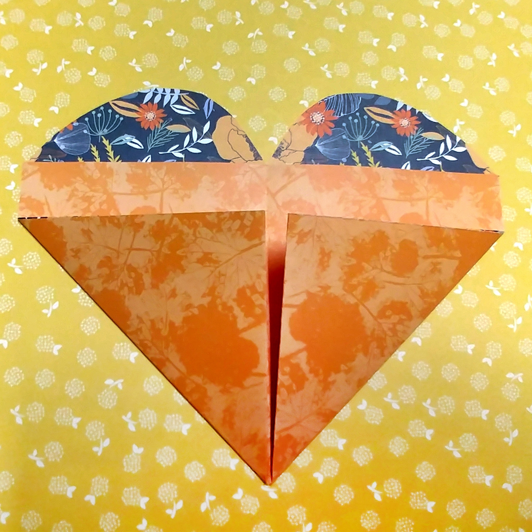 Heart-Pockets-Scrapbook-Project-Layout-Creative-Memories3