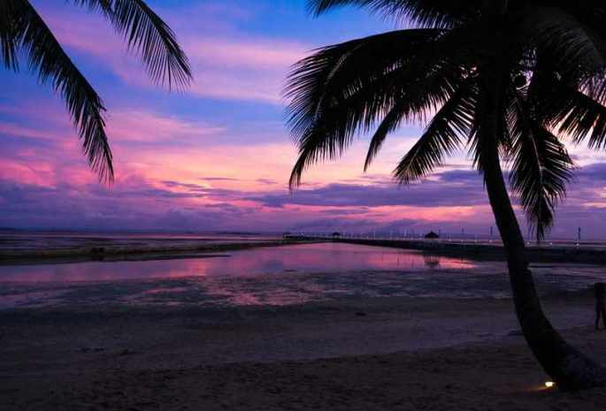 TAKE IN THE SUNSET AT MACTAN