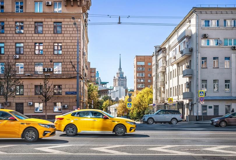 Explore Ukraine by Taxi