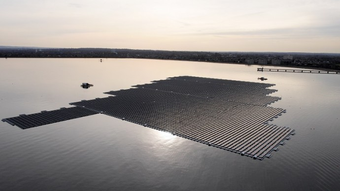 Watt-ever floats your boat: solar on water