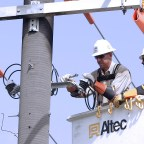 Brave linemen work hard to keep your power on