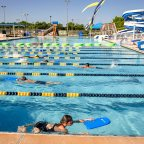 4 indispensable ways to keep your kids safe in the water this summer