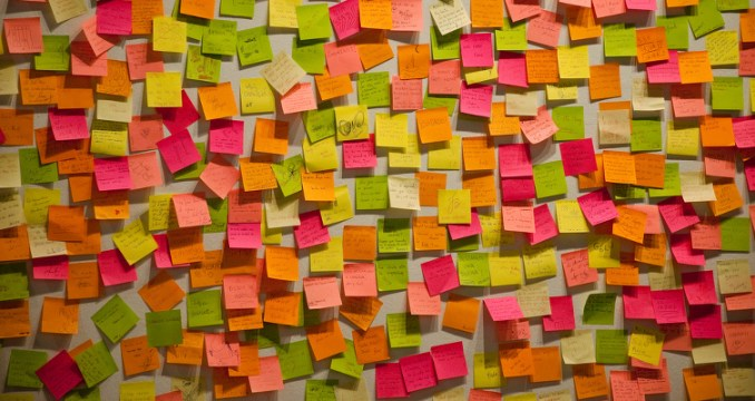 post-it-wall-754x400