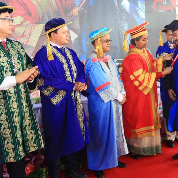 8th Convocation of Daffodil International University held with Colorful Events