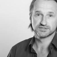 Jürgen Decke Schauspieler, Regisseur, und Coach Zur Zeit Künstlerischer Leiter am Theater Pfütze, Nürnberg Gastbeitrag, 11. September 2013 www.emanuel-woehrl-stiftung.de