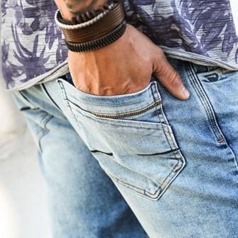 Como usar jeans claro masculino ou lavagem clara