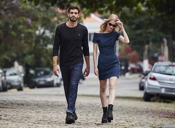 Jeans com coturno