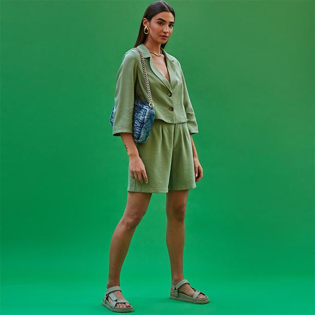 Look color monocromático verde