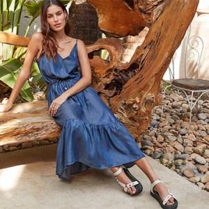 Práticos e estilosos: 18 modelos de vestidos para ter no closet