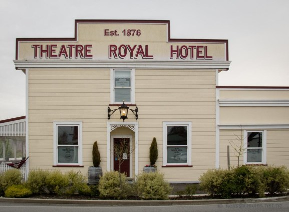 Theatre Royal Hotel Kumara