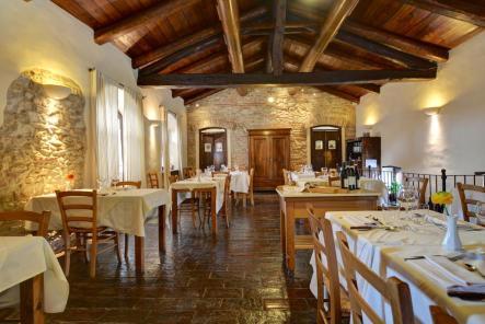 The dining room at Cascina Rosengana