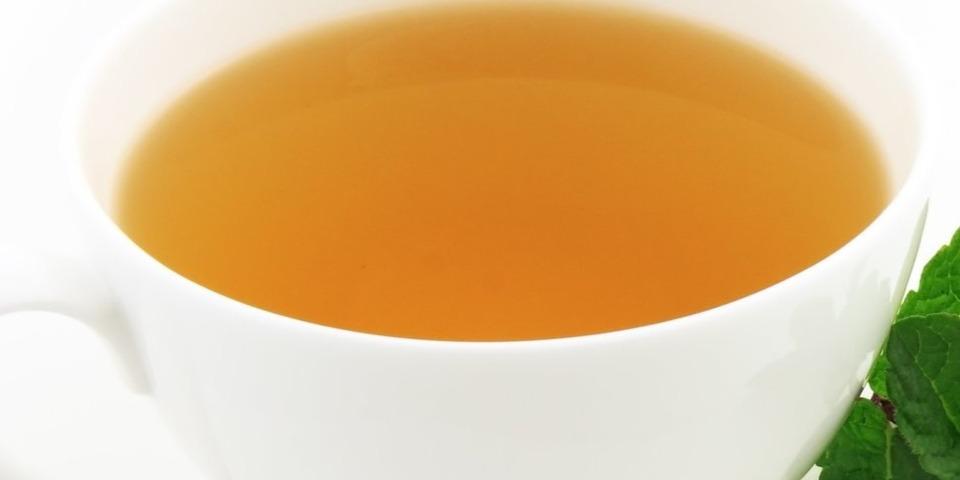 chá verde para pele