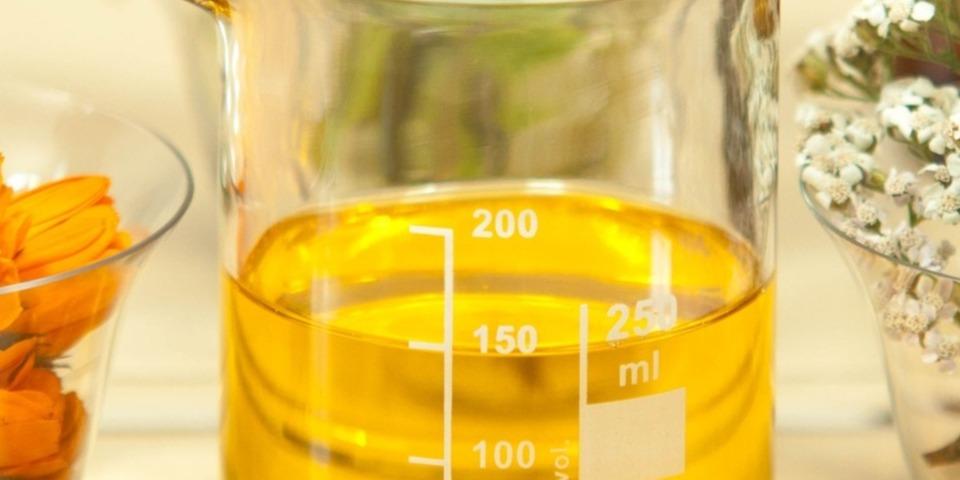 benefícios do óleo de jojoba