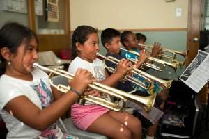 12 efectos positivos de la música en los niños