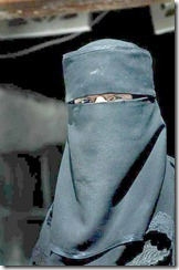 395px-Muslim_woman_in_Yemen_cleared
