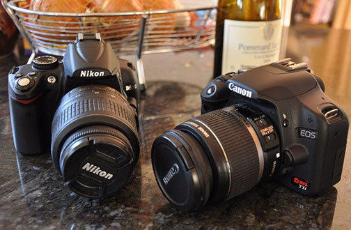 Kamera DSLR, Milih Canon atau Nikon?