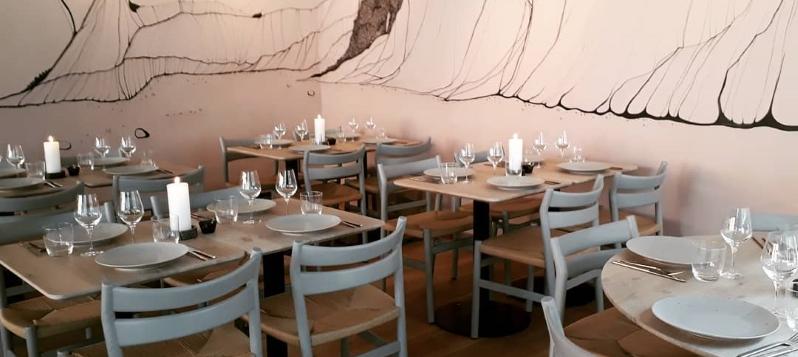 Restaurant Glød åbner i Adelgade