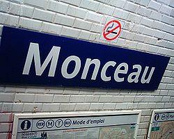 Métro Monceau
