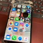iPhone SE  只今 絶賛設定中!