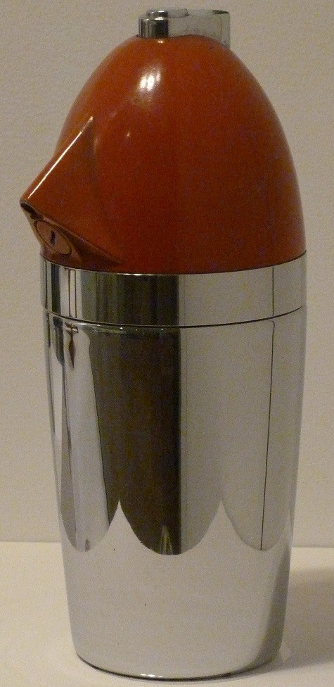 "Norman Bel Geddes and Walter Kidde Sales Co., ""Soda King"" syphon bottle, designed c. 1935, plastic and chrome, Dallas Museum of Art, gift of David T. Owsley"