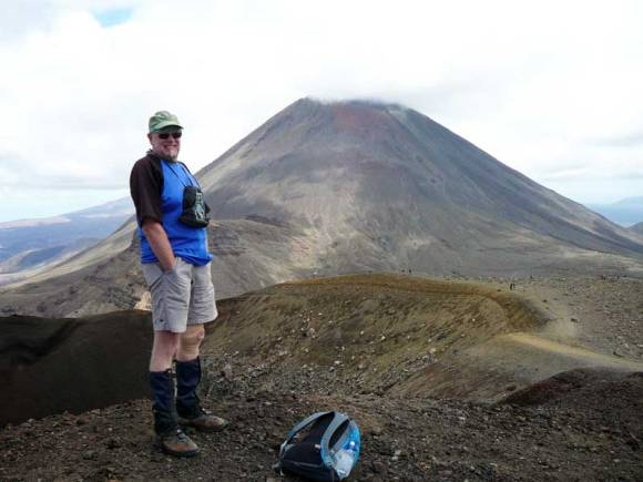 Geoff Hicks on the Northern Circuit, Tongariro.