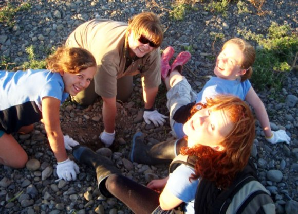Kirsty Percasky and Girl Guides clearing braided riverbeds.