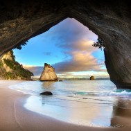 Whanganui A Hei (Cathedral Cove). Photo: Daniel Peckham | CC BY-NC-SA 2.0.