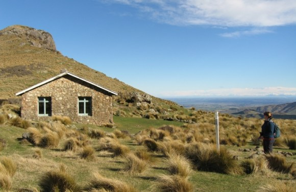 Packhorse Hut. Photo: Jon Sullivan | CC BY-SA 2.0.