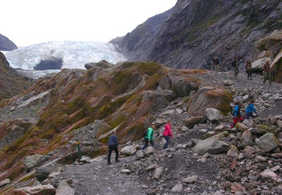 On a walk to see the Franz Josef Glacier.